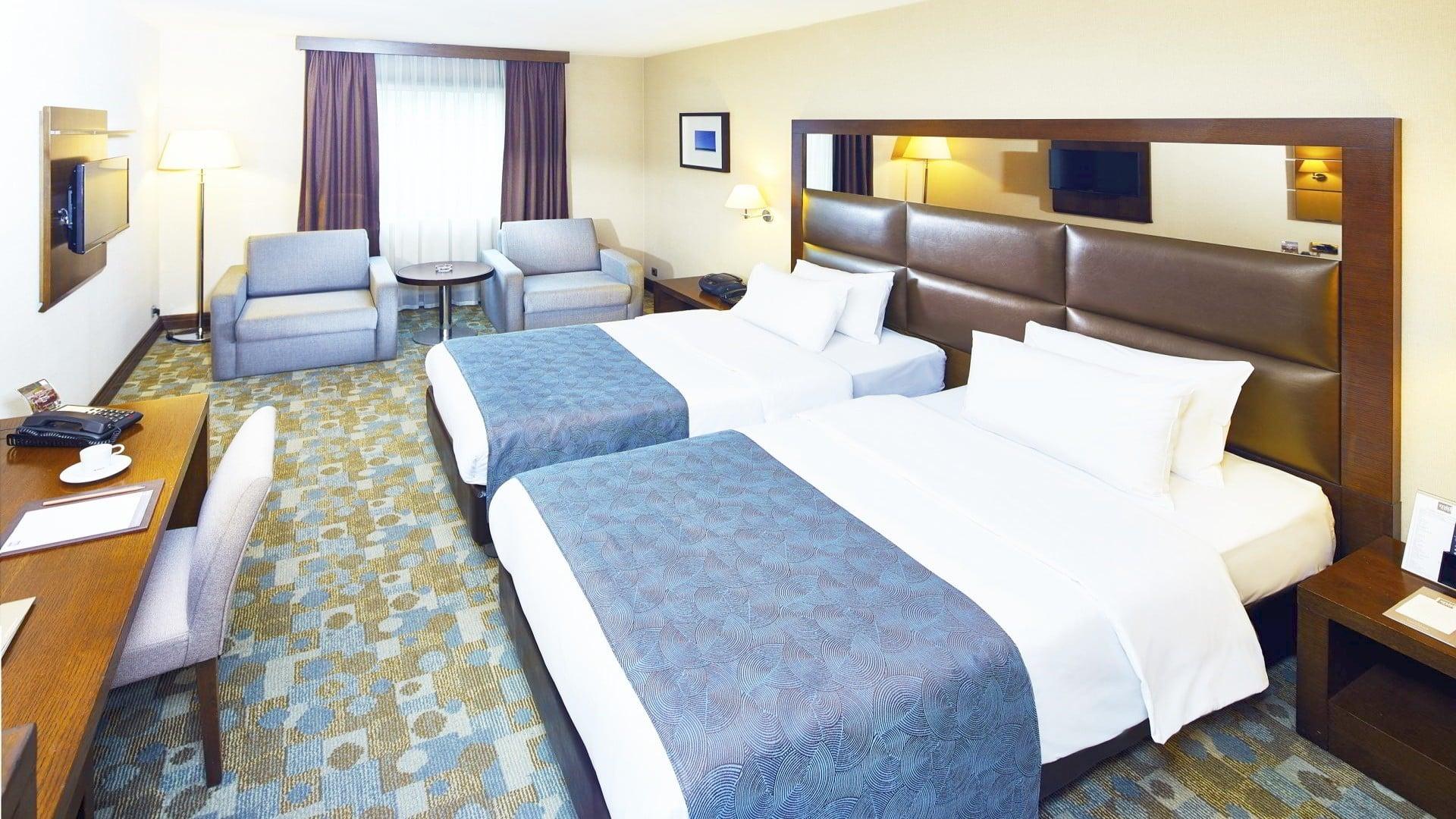 Midtown Hotel Luxury Family Room İnterior