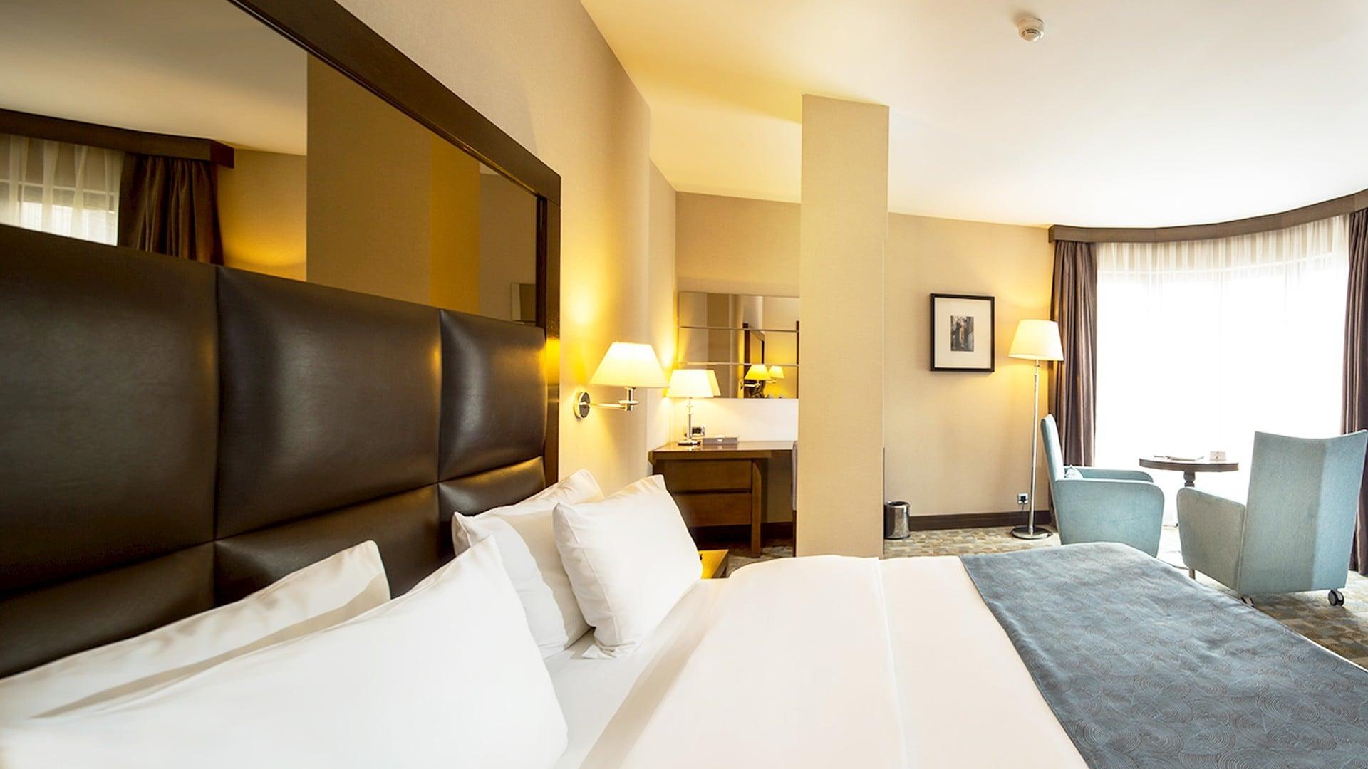 Midtown Hotel Suit Room İnterior